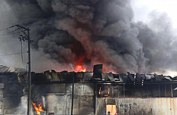 Bombero muere mientras combatía fuego en NL