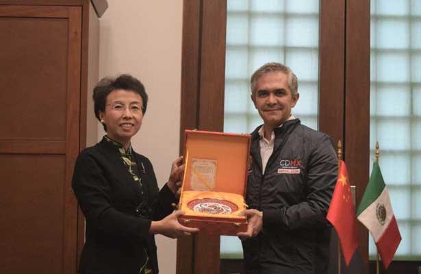 Fortalece CDMX lazos con Beijing