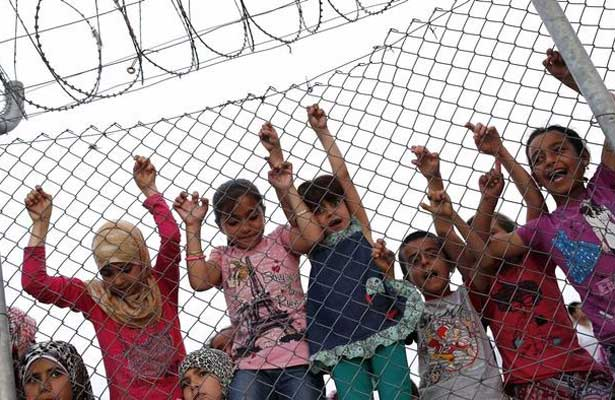 Denuncia ACNUR que la mitad de los refugiados en el mundo son niños