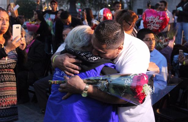 Familias de migrantes mexicanos se reencuentran en Nueva York