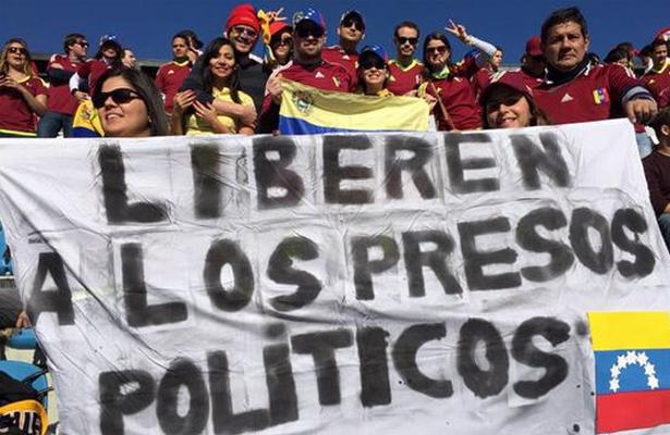 Presos en Venezuela mueren por hacinamiento y desnutrición