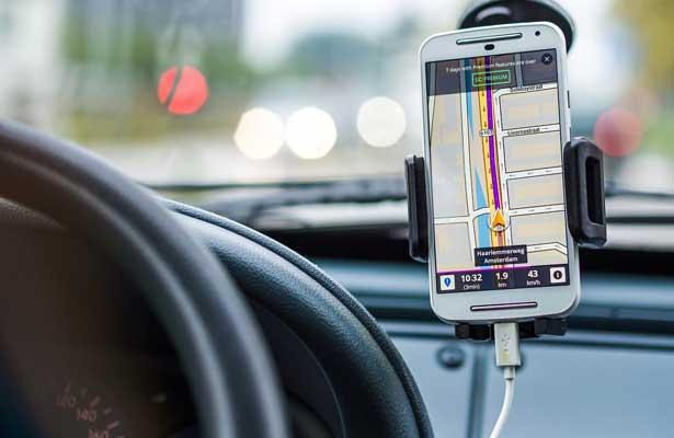 Proponen regular Uber y Cabify en Puebla