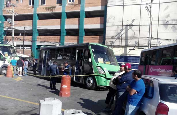 Atraco causa infarto a conductor de autobús de pasajeros