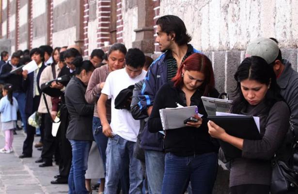 Millennials y Generación X utilizan celular para buscar empleo
