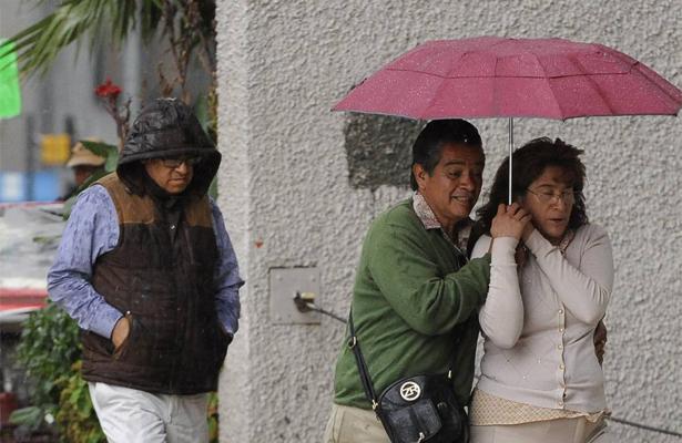 ¡No olvides el paraguas! Se esperan lluvias para esta tarde en el Valle de México