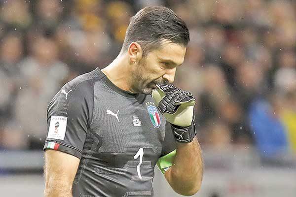 Italia va por voltereta para volver a un Mundial