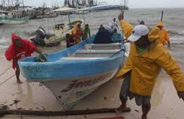 Cobros irregulares a pescadores