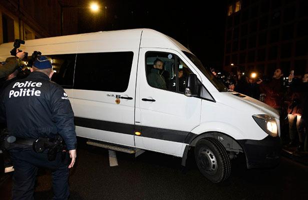 Justicia belga convoca a Puigdemont al 17 de noviembre para examinar su euroorden
