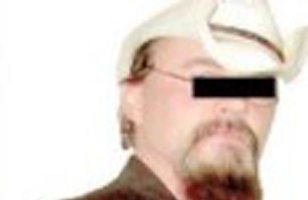 Cae pederasta con 4 esposas y concubina; huyó de EU