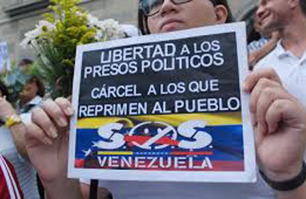 Liberan a dos políticos opositores venezolanos