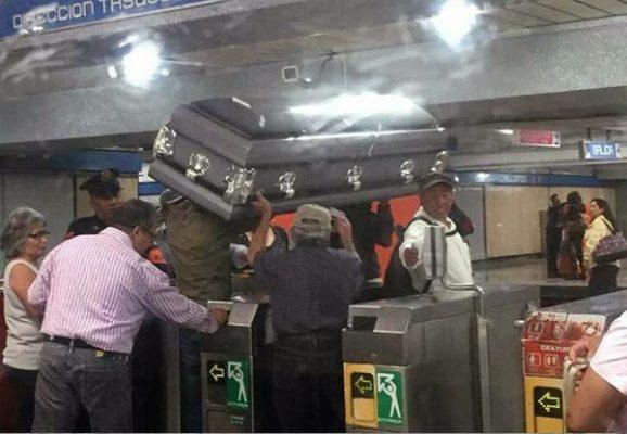 No se podrá viajar con ataúd en el Metro