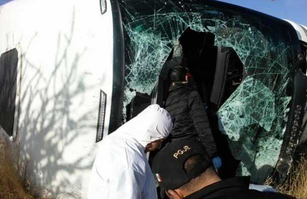Fatal accidente de una carroza fúnebre deja seis muertos