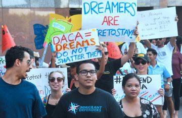 "Juez ordena a EU restablecer derechos de ""Dreamer"""