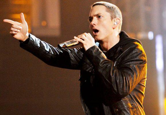 Presenta Eminem nuevo tema en los European Music Awards