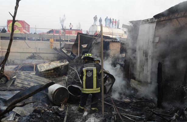 Tres muertos por explosión de polvorín en Xiutetelco