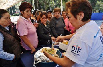 Realiza Naucalpan feria vegetariana para diabéticos