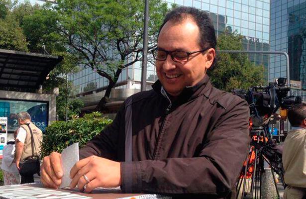 Mexicanos exigen cambios: Max Cortázar