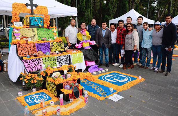 Diputados del PAN dedican ofrenda a víctimas por el sismo