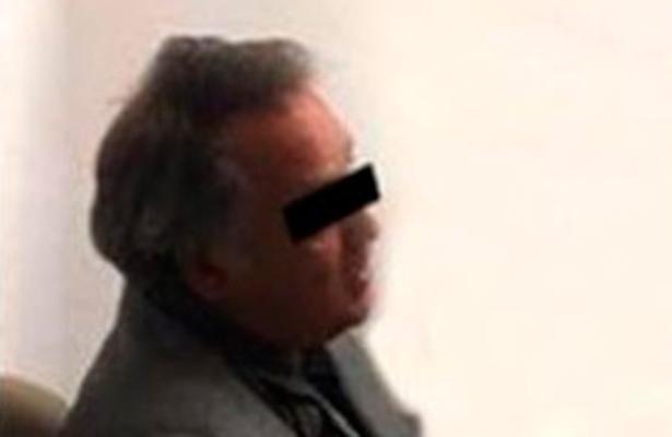 Detienen a exalcalde, acusado de peculado