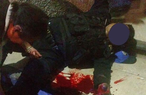 Policía intenta frustrar asalto y sale herido