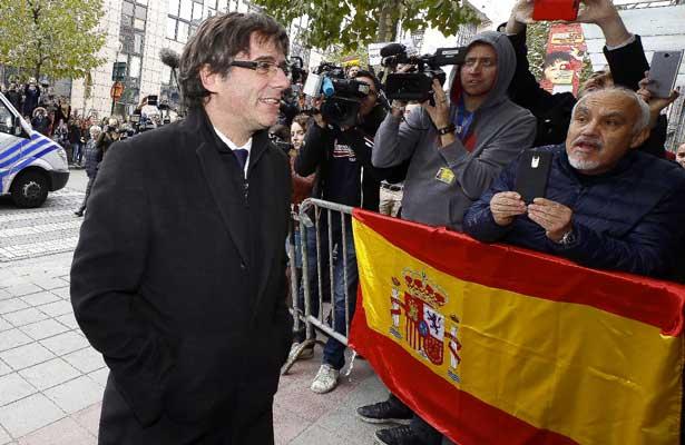 Puigdemont no se presentará ante la Audiencia Nacional en Madrid