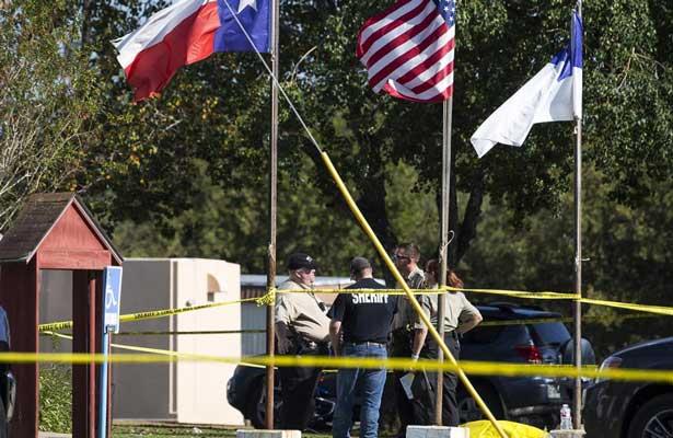 Mueren 27 personas en ataque a Iglesia en Texas