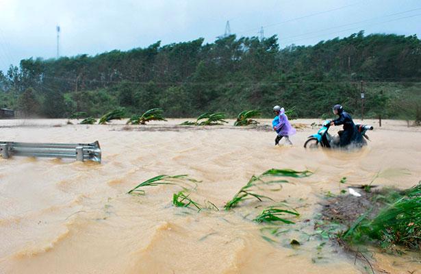 Al menos 49 muertos en Vietnam por el paso del tifón Damrey