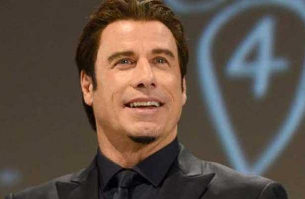 Acusan de abuso sexual a Travolta