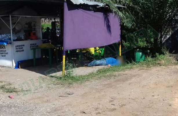 Ejecutan a comerciante en Acayucan