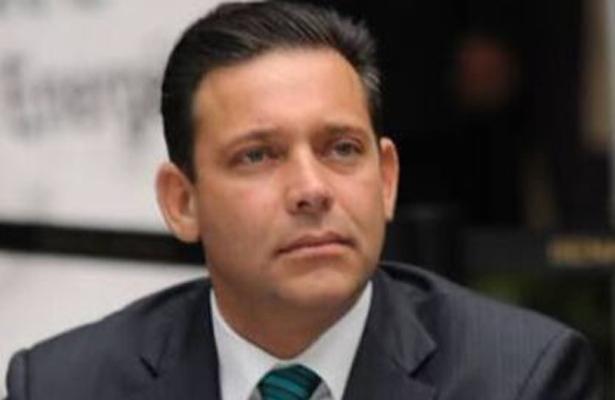 Detención formal de Eugenio Hernández con fines de extradición