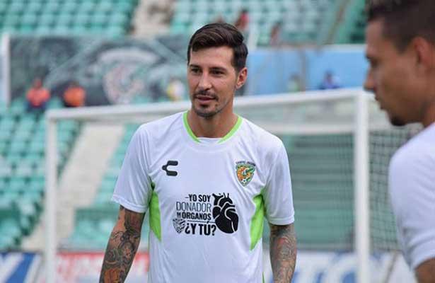 Busca Interpol detener al futbolista  Jonathan Fabbro