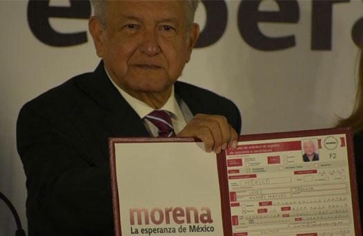 Se registra AMLO como precandidato de Morena
