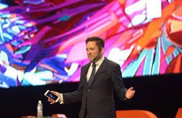 Triunfa Sergio José Gutiérrez en los 'Reed Latino Awards'