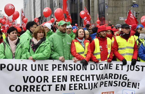 Marchan en Bruselas contra la reforma de pensiones
