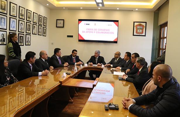 Firman convenio INE, IEEM y Secretaría de Educación