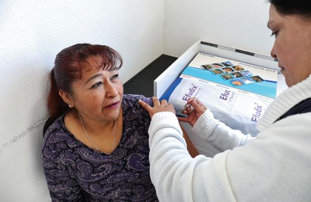 Vacunan a naucalpenses para evitar influenza y neumococo