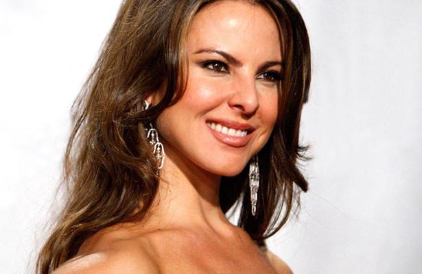 Kate del Castillo… ¡se desnuda!