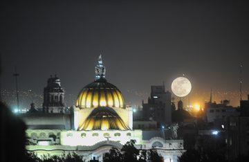 Astrónomo afirma que la verdadera Súper Luna se verá el 1 de enero