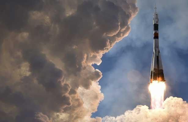 La nave rusa Soyuz MS-07 llega a la Estación Espacial Internacional