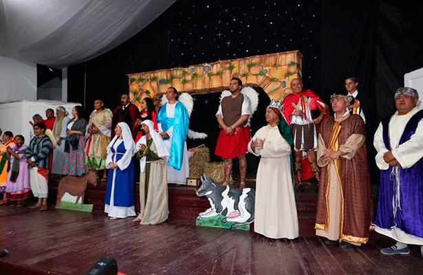 Promueven reinserción social con pastorelas en Edomex