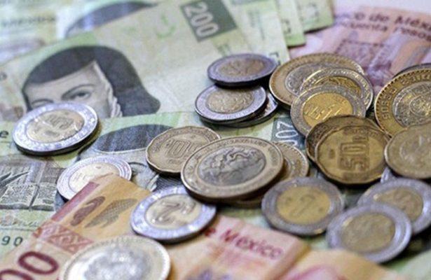 El peso mexicano cierra en su peor nivel desde el 14 de marzo
