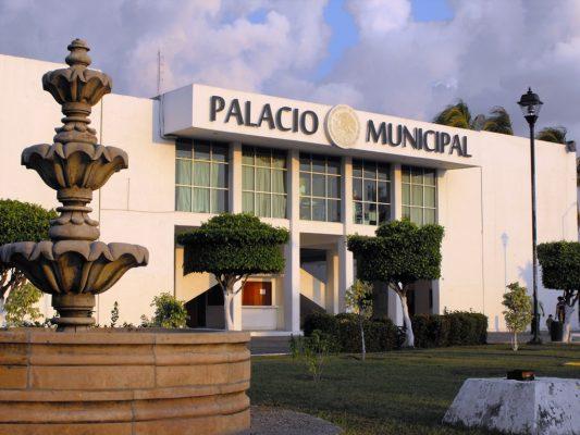Priistas destapan a su galloparaalcaldía de Lázaro Cárdenas