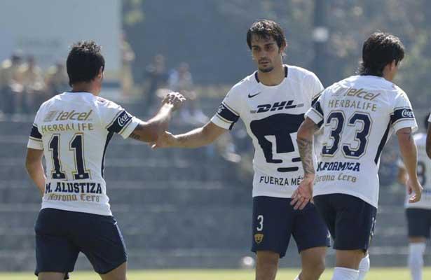 """""""El Chavo"""" Alustiza se estrena con Pumas"""