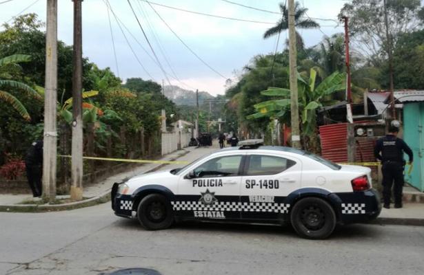 Tiran dos bolsas con restos humanos en calles de Tuxpan
