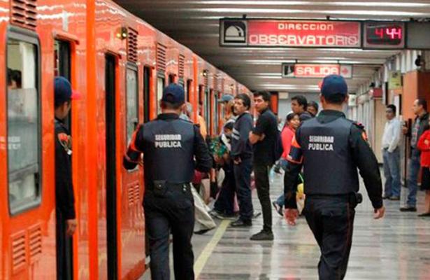 """Disminuyen suicidios en el Metro a través del Programa """"Salvemos Vidas"""""""