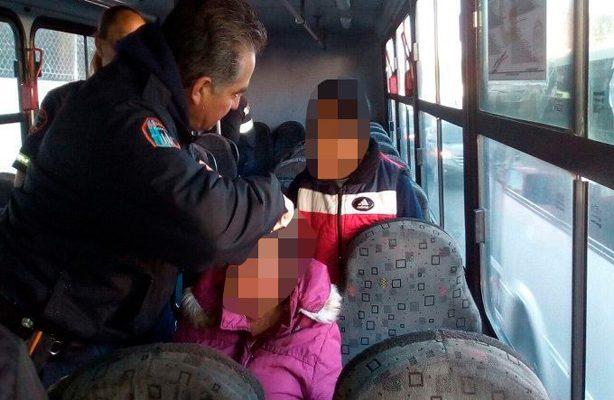 Lesionan a mujer durante asalto en camión de pasajeros en Naucalpan