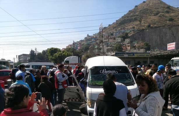 Chocan combi y pipa en Ecatepec; reportan 8 lesionados