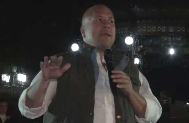 Denuncia intimidaciones al precadidato Enrique Alfaro