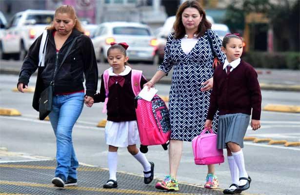 Regresan a clases más de 25 millones de estudiantes