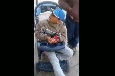PF regaló una silla de ruedas a niño con discapacidad en Chalco, Edomex